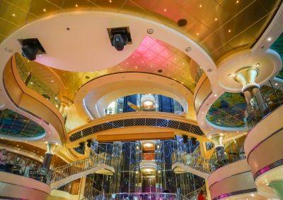 cruise-ship-1322949_1920